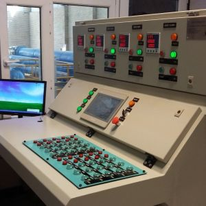 تابلو برق پیانویی (Desk panel)